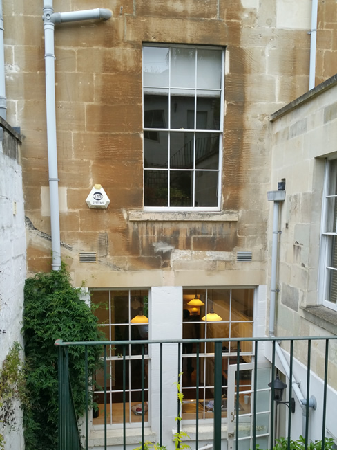 Cleaning a listed building made of Bath stone